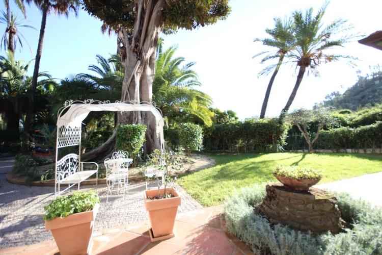 Villa construction in Cote d'Azur