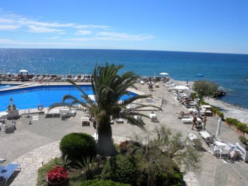 Прекрасная квартира у моря в Сан Ремо