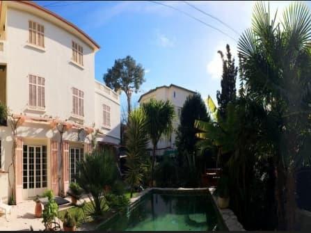 Прекрасная квартира в Жуан ле Пен