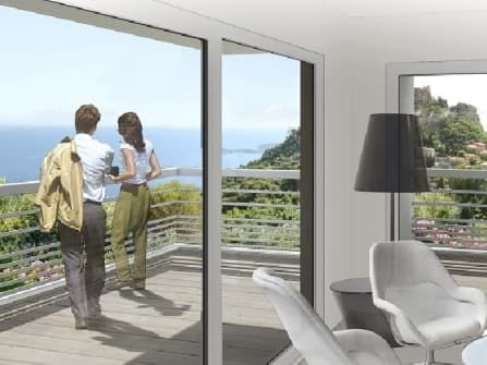 Новые квартиры с видом на море в Эз