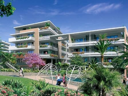 Newly built apartments in central Cannes