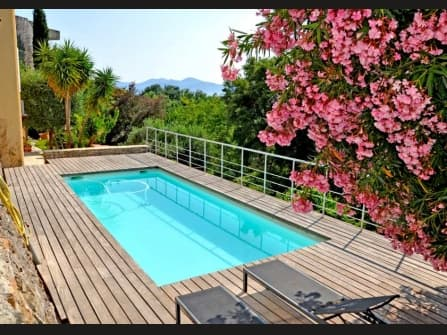 Splendid villa for sale in Cannes