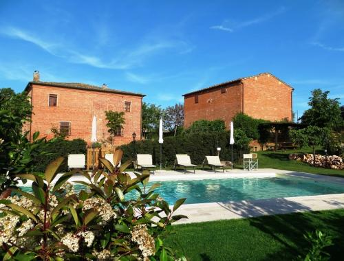 Montepulciano villa for sale