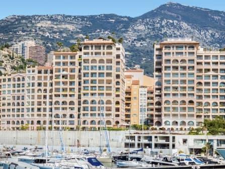Роскошная квартира на продажу в Монако