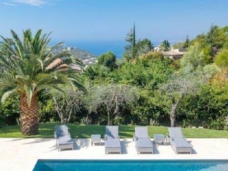 Sea view villa in Villefranche sur Mer