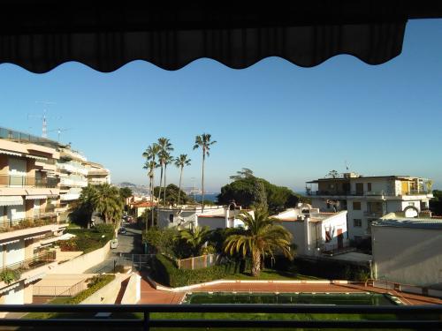 Санремо квартира с видом на море на продажу