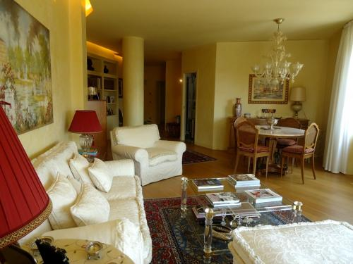Великолепная квартира на продажу в Сан Ремо