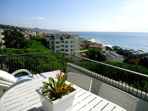 Sanremo apartment seaview for sale