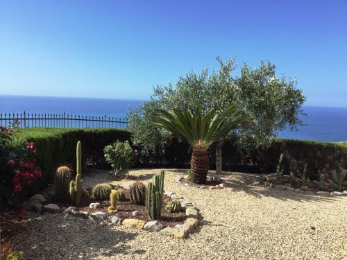 Sanremo Villa avec piscine à vendre vue mer