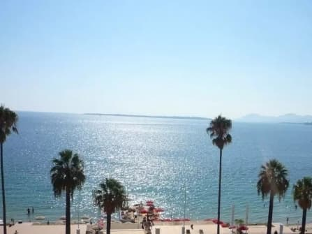 Sea view apartment for sale in Juan les Pins