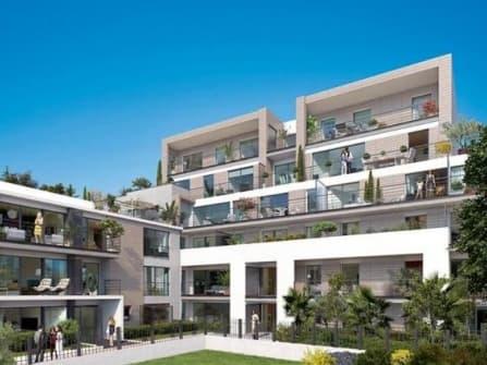 Новые квартиры напротив моря в Антибах