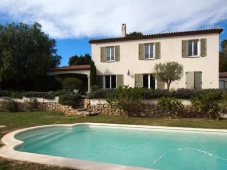 Villa in vendita ad Antibes