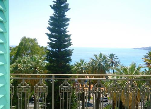 Оспедалетти апартаменты с видом на море
