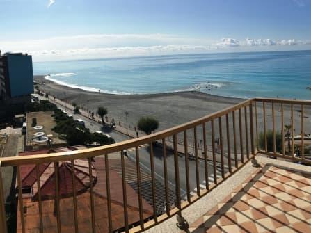 Vallecrosia Appartamento Fronte Mare