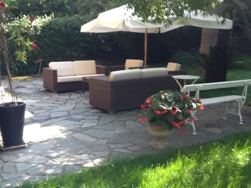 Bordighera appartamento con giardino vendita