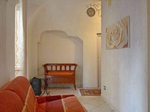 Vallebona apartment for sale