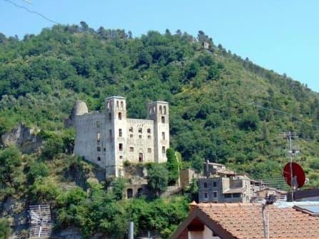 Dolceacqua vente rustique centre historique