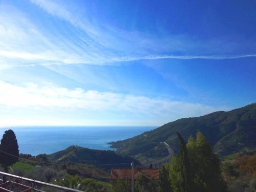 Ventimiglia appartement vue mer à al vente