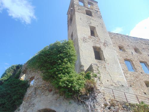 Dolceacqua rustic with terrace for sale