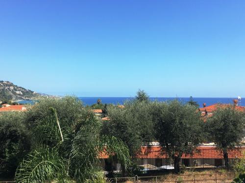 Ventimiglia Meerblick Villa zu verkaufen