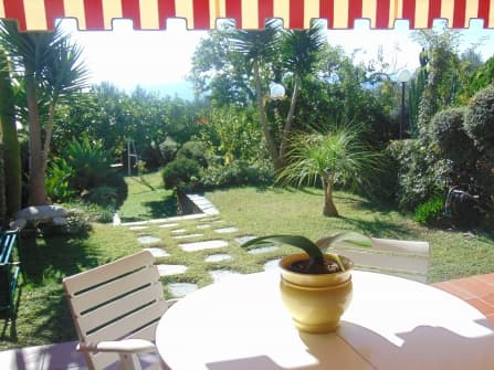 Вилла с садом в Оспедалетти на продажу