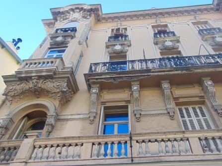 Menton central apartment sale