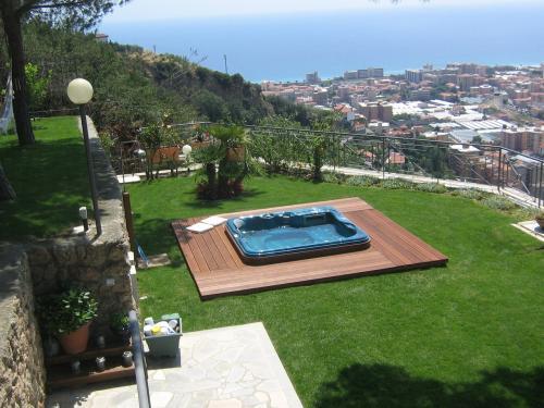 Vallecrosia,villa in vendita vista mare