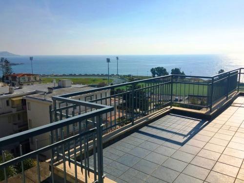 Meerblick Penthouse in Sanremo zu verkaufen