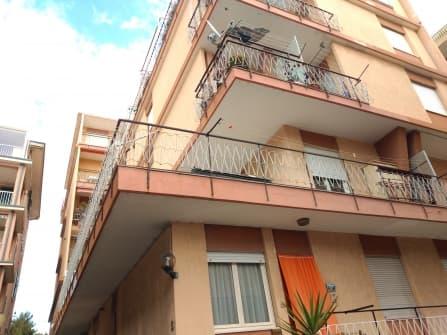 Bordighera apartment with balconies