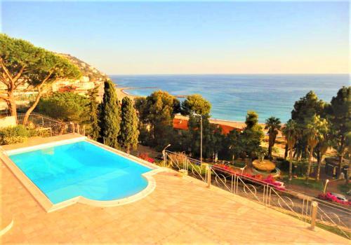 Ospedaletti Villa Sea View For Sale