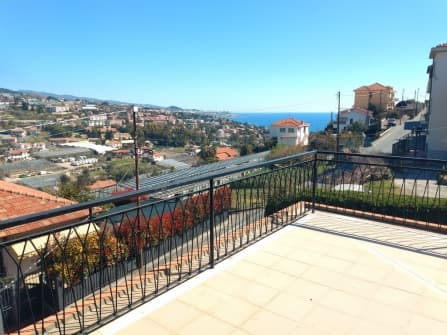 Sanremo Meerblick-Penthouse zu verkaufen