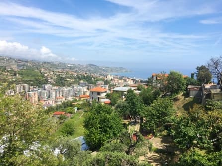 Sanremo Apartment with terrace for sale