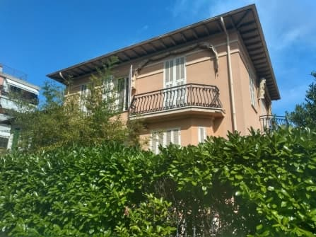 Bordighera villa for sale central area