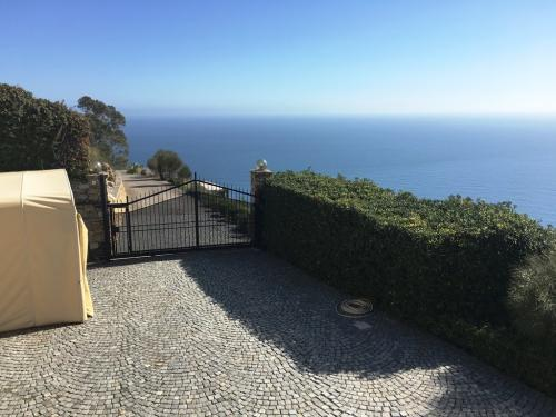 Villa for holiday renting Sanremo-Ospedaletti