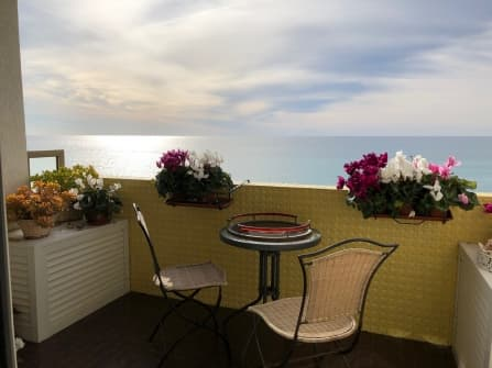 Vallecrosia apartment sea view for sale