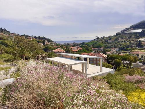 Villa to be completed for sale in Bordighera