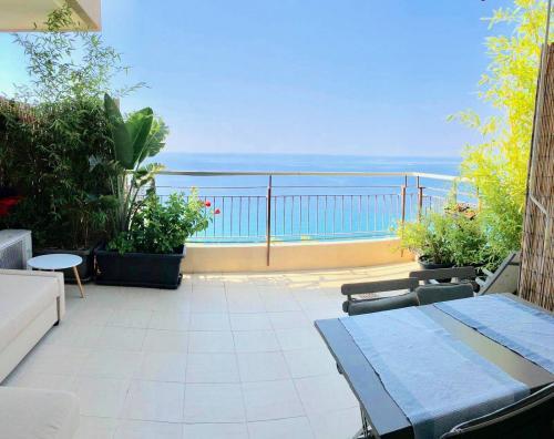 Ventimiglia Studio mit Terrasse zu verkaufen