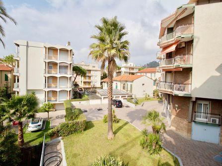 Bordighera Apartment For Sale in City Center