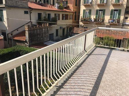 Bordighera central flat for sale