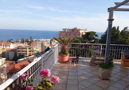 Sanremo, penthouse vue en vente