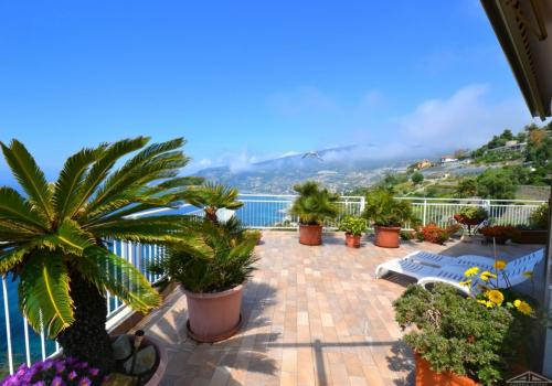 Ospedaletti seaview penthouse for sale