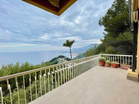 Ventimiglia Apartmento For Sale Sea View