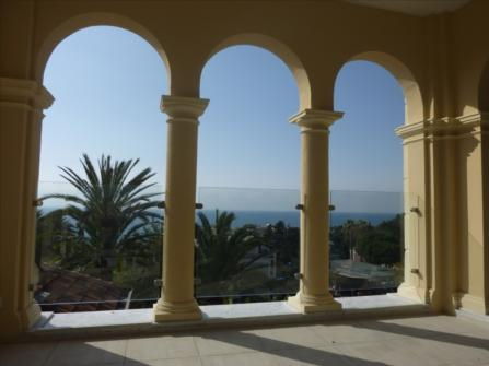 Wonderful penthouse for sale in San Remo