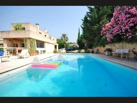 Le Cannet Villa For Sale