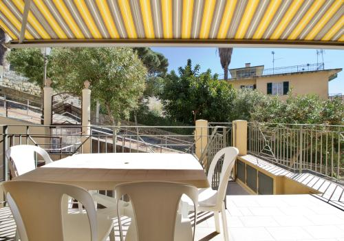 New apartment for holiday rent in Bordighera