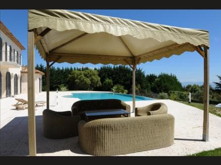 MANDELIEU /CANNES LUXURY VILLA WITH POLL