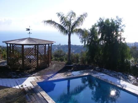 Сан Ремо вилла с бассейном