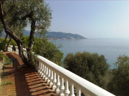 Империя Вилла с видом на море