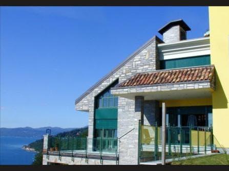 вилла на озере Маджоре в Италии