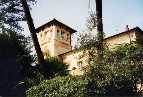 Оспедалетти, 4 комнатные  Апартаменты